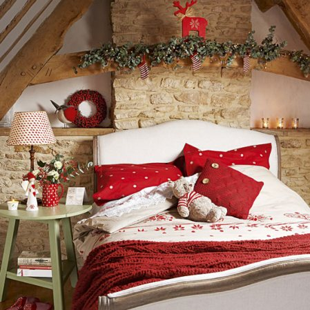 Christmas-Themed-Bed-Matress2